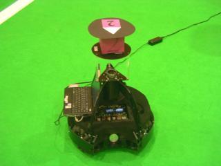 FuFightersのロボット:中型ロボットリーグで最も進んでいるハードウェアである